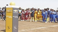 CHEVROLET และโครงการวัน เวิลด์ ฟุตบอล ส่งมอบลูกฟุตบอลครบ 1 ล้านลูกทั่วโลก เชฟโรเลตและโครงการวัน เวิลด์ ฟุตบอลร่วมกันมอบลูกฟุตบอลที่มีความทนทานสูงให้แก่เด็กมากกว่า 60 ประเทศทั่วโลก รวมถึงกว่า 5,000 ลูกให้แก่โรงเรียน 800 แห่งทั่วประเทศไทย พร้อมเตรียมแผนการส่งมอบเพิ่มเติมภายในปีนี้และตลอดทั้งปีหน้า การส่งมอบวัน เวิลด์ ฟุตบอลลูกที่ 1 ล้านของเชฟโรเลตมีขึ้นพร้อมกับกิจกรรมฟื้นฟูโรงเรียนประถมศึกษาในแอฟริกาใต้ แกรี่ เบลีย์ ตำนานผู้รักษาประตูของแมนเชสเตอร์ ยูไนเต็ดร่วมส่งมอบลูกฟุตบอลและสนามฟุตบอลใหม่ ดีทรอยท์ – เชฟโรเลตและโครงการวัน...