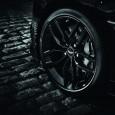 "Aston Martin Vanquish Carbon เปิดให้สั่งจองพร้อมกันทั่วโลกแล้ว หลังจากติดตามภาพวีดีโอทีเซอร์การเปิดตัวมานานในที่สุดทาง Aston Martin ก็ได้เปิดตัวเจ้ารถสปอร์ตแบบ ""Vanquish Carbon special edition"" ออกมาแล้วโดยจะเริ่มต้นโชว์ในงานอย่าง Paris Auto Show Vanquish Coupeคันนี้จะมาพร้อมกับโฉมแบบ Carbon Black และ Carbon White special edition version ซึ่งหมดนั้นจะใช้วัสดุที่ทำมาจากคาร์บอนไฟเบอร์ทั้งหมดทำให้มันมีน้ำหนักเบามากกว่ารถในโฉมปกติ เริ่มต้นกันที่ในส่วนของหลังคาที่ทำมาจากคาร์บอนไฟเบอร์ (ในโฉมแบบ..."
