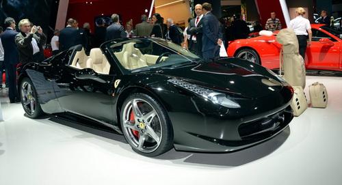 """NHTSA ประกาศเรียกคืนสปอร์ต """"Ferrari 458"""" ทั้งหมดด่วน จากปัญหาด้านความปลอดภัย หลายๆคนนั้นอาจจะต้องแปลกใจกับข่าวนี้เป็นแน่แท้หลังจากมีการเปิดเผยว่าทางหน่วยงานควบคุมความปลอดภัยอย่าง National Highway Traffic Safety Administration นั้นได้เตรียมเรียกรถแบบ Ferrari 458 สุดหรูคืนแล้วในประเทศสหรัฐอเมริกาเนื่องจากตรวจพบปัญหาทางด้านความปลอดภัย """"ตามมาตรฐานการตรวจสอบในมาตรา Federal Motor Vehicle Safety Standard No. 401 (ด้านความปลอดภัยของยานยนต์ประจำข้อที่ 41) นั้นเราพบว่ามันมีความไม่ปลอดภัยในส่วนของตัวถังรถอยู่ในการตรวจสอบครั้งล่าสุดของรถจากทาง Ferrari"""" ตัวแทนของ NHTSA..."""