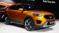 "Hyundai เตรียมเปิดตัวรถ Crossover รุ่นใหม่ไฝว้กับ Nisan Juke ภายหลังรถแบบ Crossover สุดแปลกตาอย่าง Nissan Juke นั้นประสบความสำเร็จเหนือรถอื่นๆในรุ่นเดียวกันเป็นอย่างมากและมียอดขายใหญ่โตในปีที่แล้วนั้นทำให้ทางค่ายรถจากประเทศเกาหลีใต้อย่าง Hyundai นั้นออกมาเคลื่อนไหว โดยทางสื่ออย่าง Edmunds ได้ออกมาเผยว่าทาง Dave Zuchowski, ประธานของทาง Hyundai Motor America ได้เตรียมขยับเพื่อจะเปิดตัวรถแบบ Crossover รุ่นใหม่ออกมาเพื่อประชันหน้ากับพระเอกในรุ่นนี้อย่าง Nissan Juke ""เราจะเน้นไปที่ความเป็นเอกลักษณ์ของเราเองเพื่อเอาใจลูกค้าวัยรุ่นของพวกเราทั้งในและต่างประเทศ โดยเราจะผลิตรถแบบใหม่ออกมาเพื่อไม่ต้องการลดเกรดของรถแบบ..."