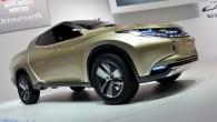 "Fiat-Chrysler เตรียมช่วยเหลือ Mitsubishi ในการพัฒนากระบะแบบ ""L200"" ย้อนกลับไปในเดือนกรกฎาคมที่ผ่านมานั้นมีข่าวลือว่าทาง Fiat Group Automobiles จะเข้ามาร่วมมือกับทางแบรนด์จากประเทศญี่ปุ่นอย่าง Mitsubishi นั้นล่าสุดเราก็ได้ทราบความจริงแล้วเมื่อพวกเขาประกาศความร่วมมือกันอย่างเป็นทางการ โดยเมื่อวันศุกร์ที่แล้วนั้นทาง Fiat-Chrysler และ Mitsubishi Motors ได้ยืนยันร่วมกันถึงความเป็นไปได้ของการผลิตรถกระบะขนาดกลางในรุ่น generation ใหม่ล่าสุดอย่างเจ้ารถแบบ ""L200"" ซึ่งทาง Fiat เองนั้นมีประสบการณ์มากกว่า 5 ปีต่อเนื่องในการพัฒนารูปแบบและประสิทธิภาพของรถกระบะในยุโรปและลาตินอเมริกา โดยพวกเขาคาดการณ์ว่ารถแบบ L200 พร้อมเครื่องยนต์แบบ GR-HEV..."