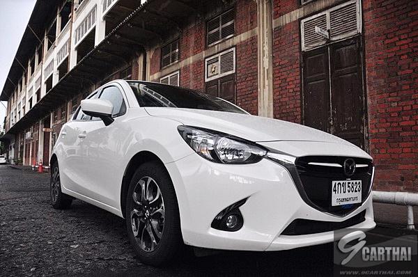Review-Mazda2-Skyactiv-D-HatchBack-9carthai_94