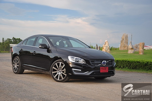 Review-Volvo-S60-T5-Pon-9CarThai_062