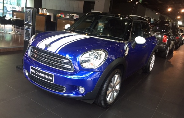 MINI COUNTRYMAN (2)