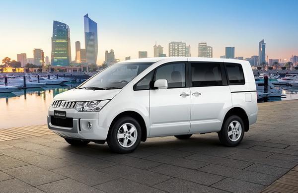 Mitsubishi Delica Space Wagon