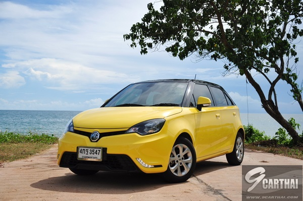 review-MG3-Hatchback-X-Sunroof_78