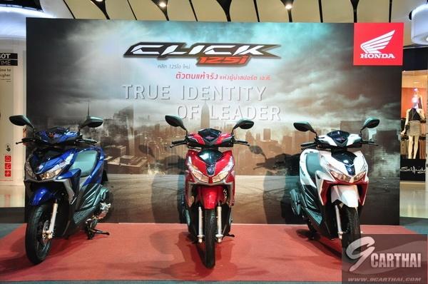 2016-Honda-Click125i_3_resize