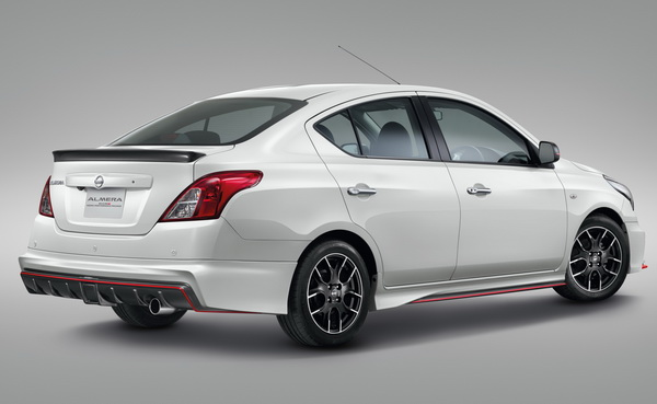 3. Almera Nismo Performance Package_45 Back_resize