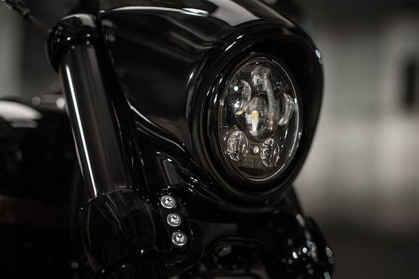 Harley Davidson Cvo Street Breakout Quot Black Devil Quot รถใหม่