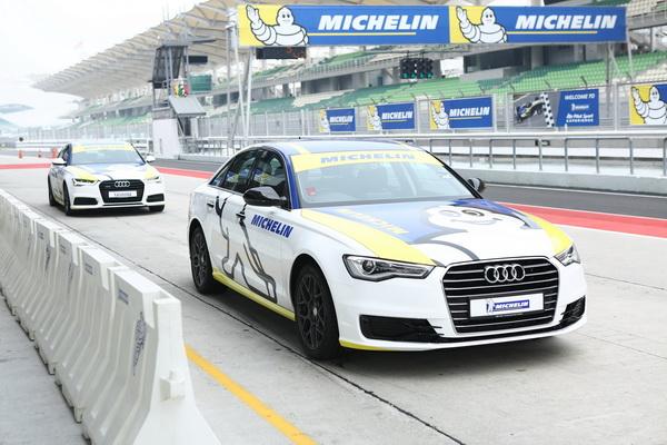 Audi-A6_resize
