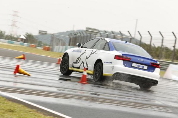 Audi-Brake_1_resize