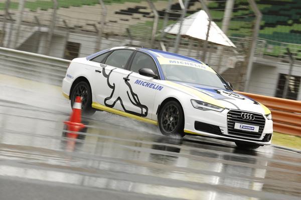 Audi-Brake_2_resize