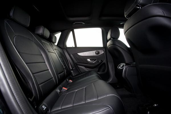GLC250d-Interior_07