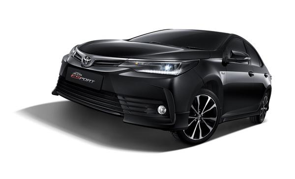 2017-Toyota-Altis_2