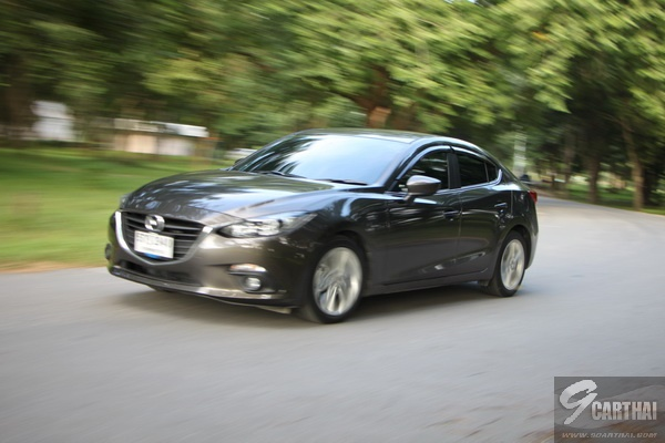 Mazda3-Running-Shot_1_resize