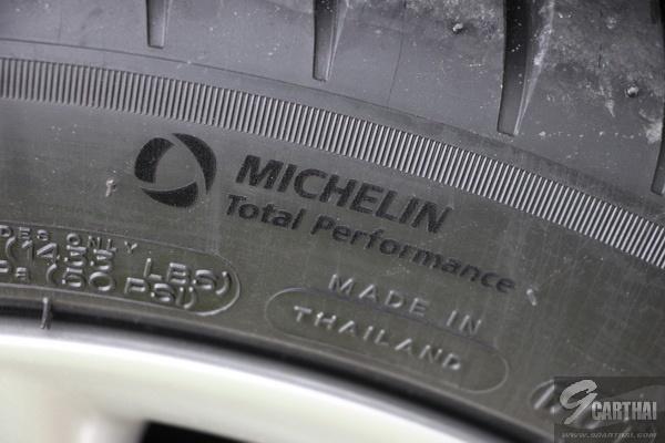 Michelin-Pilot-Sport-4_04_resize