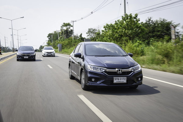 2017-Honda-City-Group-Test_3