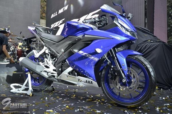 2017-Yamaha-YZF-R15-9carthai_24