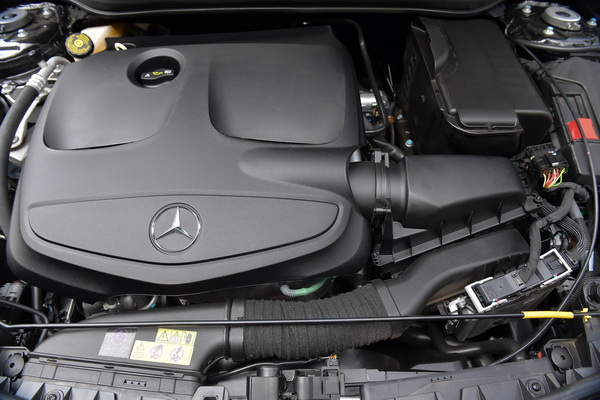 CLA 200 Urban_Engine