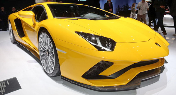 Lamborghini Aventador-S