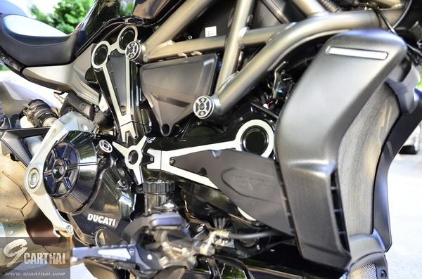 Ducati-XDiavel-S_075