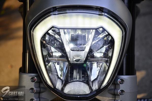 Ducati-XDiavel-S_090