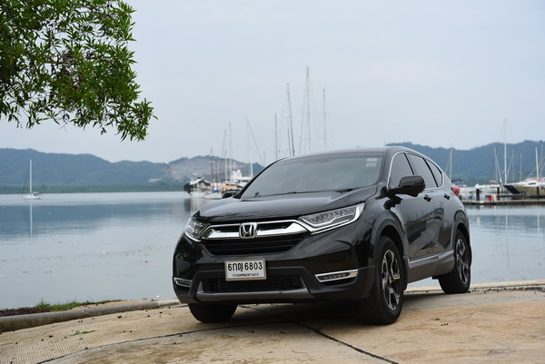 2017-Honda-CR-V-GroupTest_11
