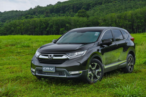 2017-Honda-CR-V-GroupTest_21