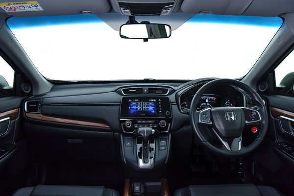 2017-Honda-CR-V-IVTEC-Interior_02
