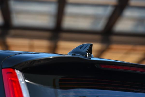 2017-Honda-CR-V-idtec-Exterior_16