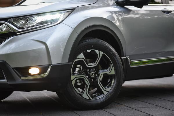 2017-Honda-CR-V-ivtec-Exterior_16