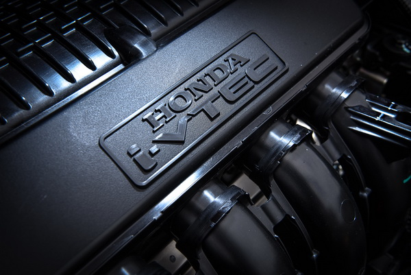 2017-Honda-Jazz-Engine_3