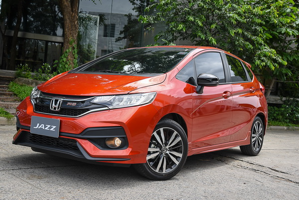 2017-Honda-Jazz-RS+_08