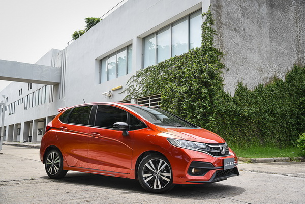 2017-Honda-Jazz-RS+_12