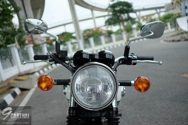 Kawasaki-W800_02_resize