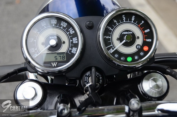 Kawasaki-W800_06_resize