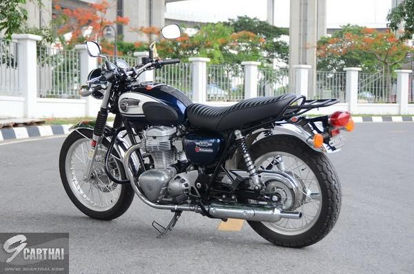 Kawasaki-W800_30_resize
