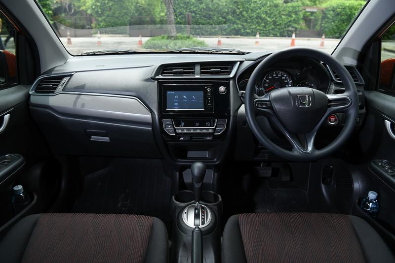 2017-Honda-Mobilio-Group-Test_09