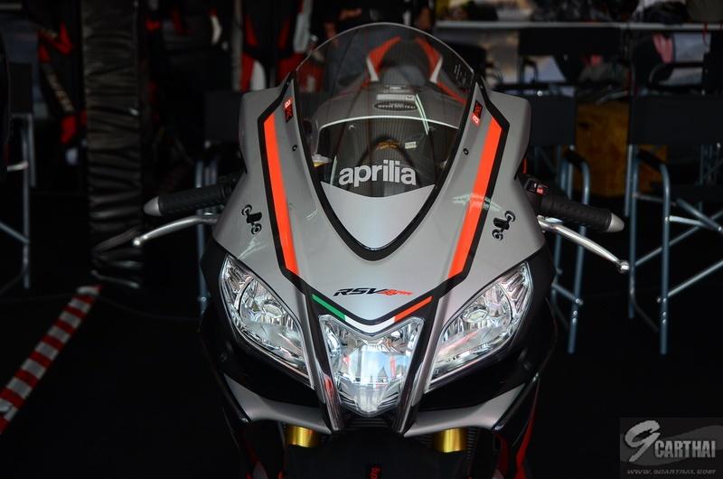 Aprilia-RSV4-RR-TrackDay_1