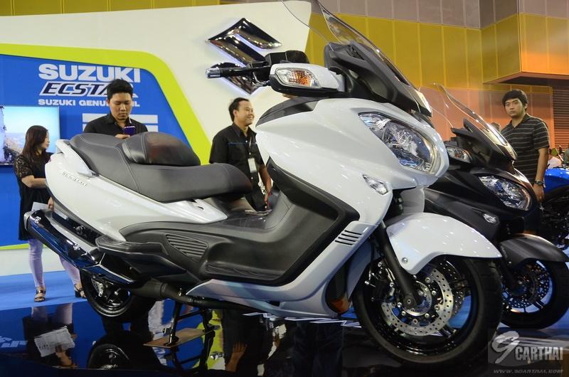Suzuki-Burgman-650_02