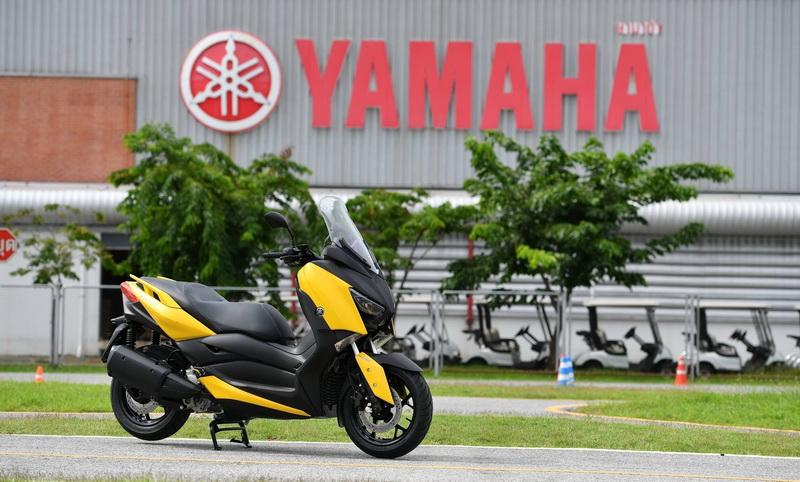 Yamaha-Xmax300-Cover_resize