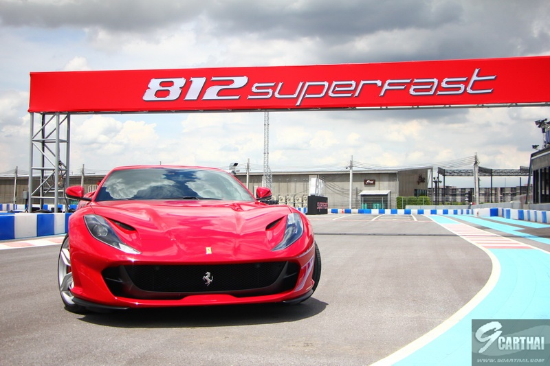 Ferrari-812-Superfast_39