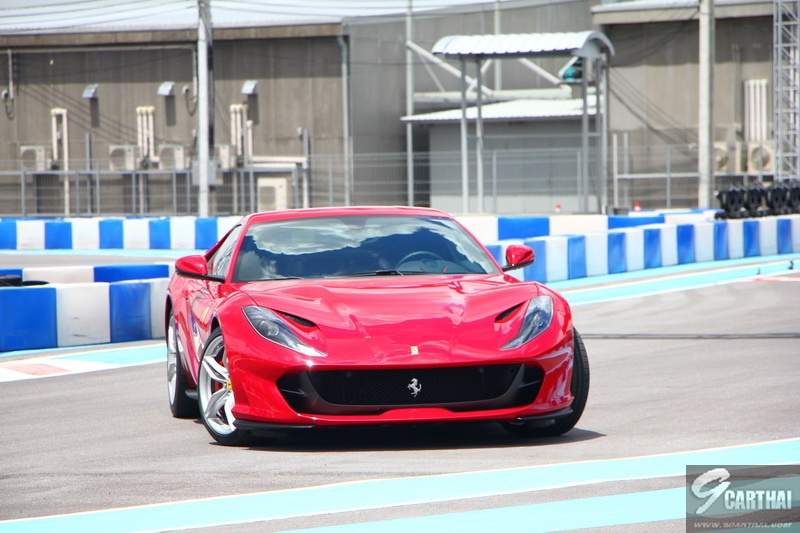 Ferrari-812-Superfast_44