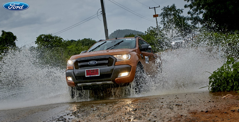 thumbnail_Feature_Ford 8 Essential Tools for Off Road Driving