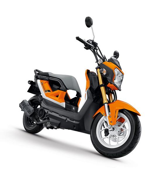 2017-Honda-Zoomer 6