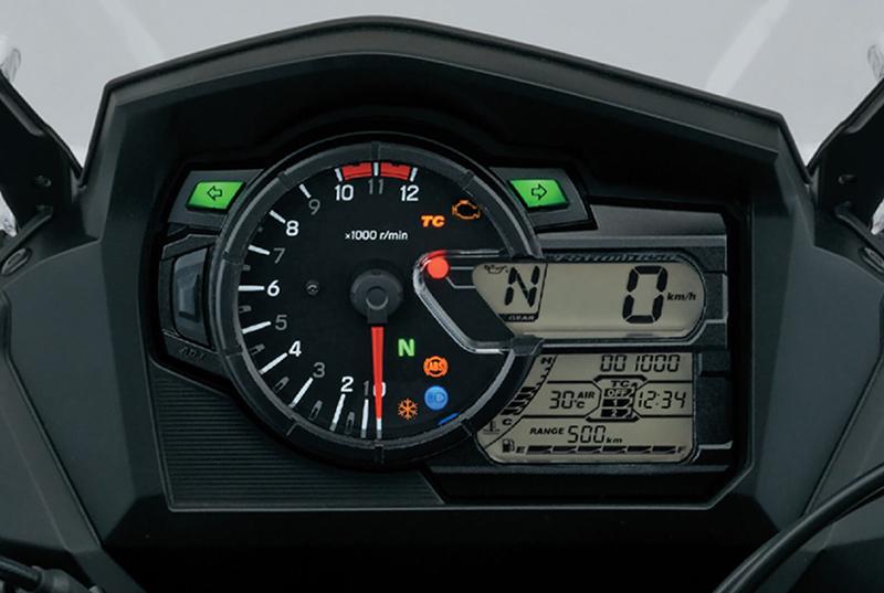 Suzuki V-Strom 650 06