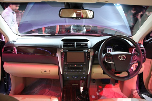 all new toyota camry hybrid 2017 2018. Black Bedroom Furniture Sets. Home Design Ideas