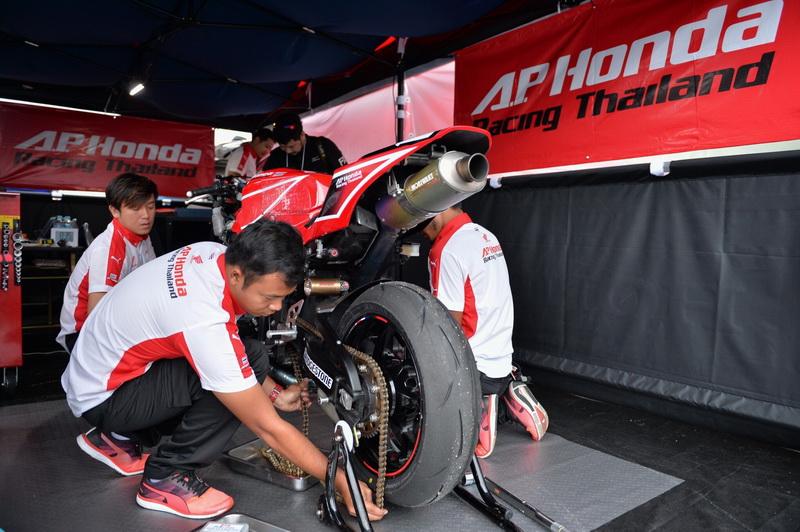Suzuka4Hrs-AP-Honda-Racing-Thailand_2